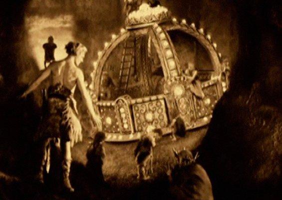 Filmstill aus Fritz Langs Stummfilm
